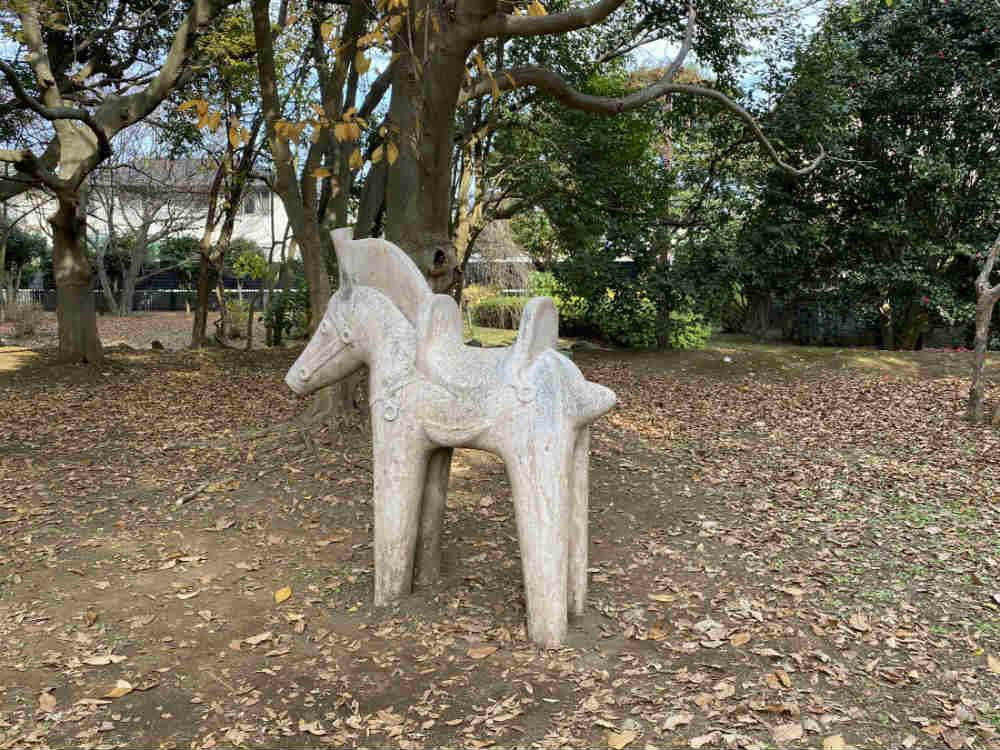 城址公園の埴輪のレプリカ